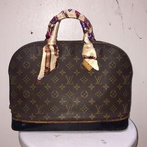 Louis Vuitton Alma (VI 0943)